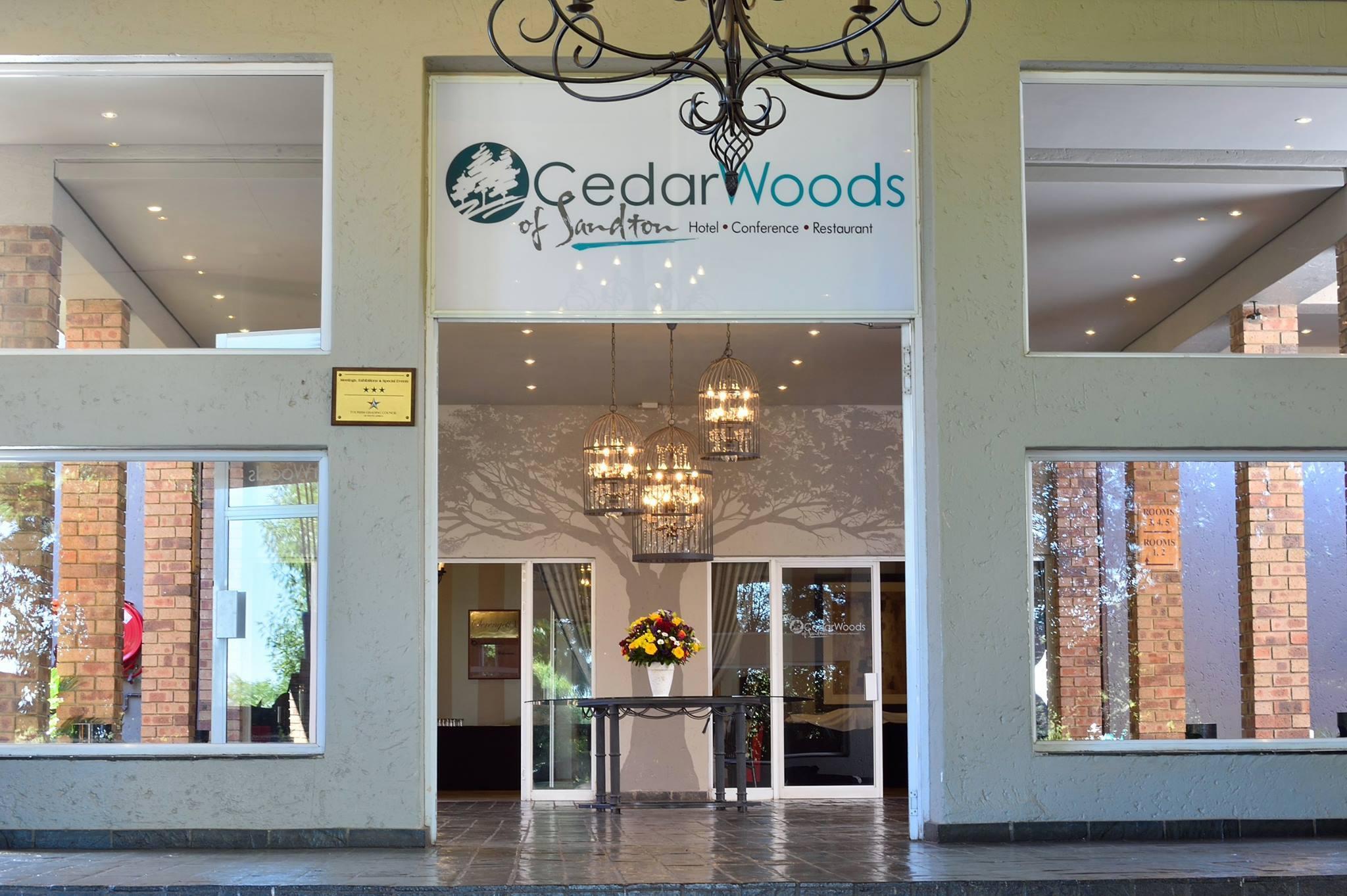 Cedar Woods Entrance